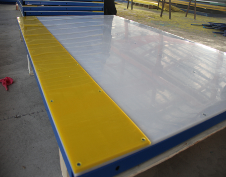 UV stabilized PE board ice rink barrier for sports arena system