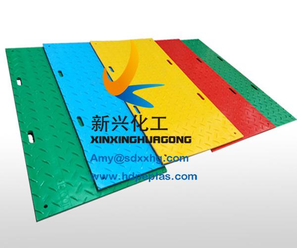 Construction road mats