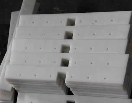High density polyethylene plastic wear blade/conveyor paddle