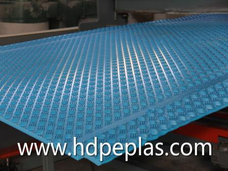 Heavy duty and light duty ground protection mat/ plastic road mat