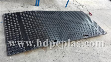 HDPE track mats for pedestrian and big vehicles