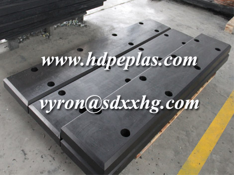 Wear resistant UPE mariner dock fender pad